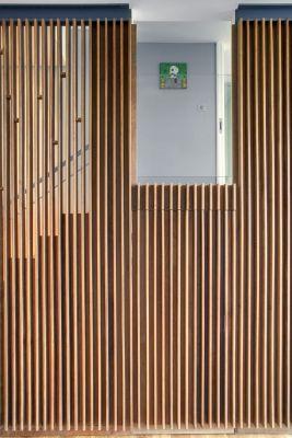 Timber fin door-closed (Image Courtesy Luke White)