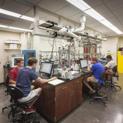 One of the 85 highly diverse research and testing laboratory spaces in the University of Alabama's South Engineering Research Center (SERC).: Image Courtesy © Jonathan Hillyer / Atlanta