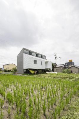 Image Courtesy © Teruaki Yoshiike