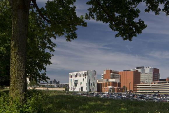 Image Courtesy © ross barney architects