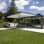 Pavilion with glass sliders open, Image Courtesy © Emma-Jane Hetherington