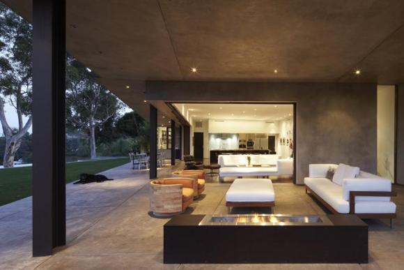 Image Courtesy © Griffin Enright Architects