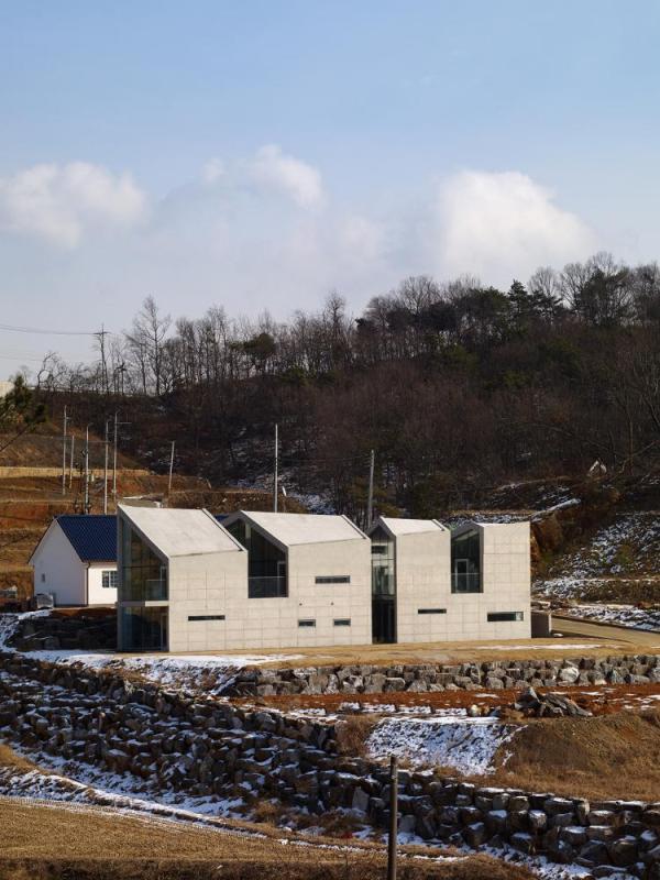 Image Courtesy © Parkyoungchae