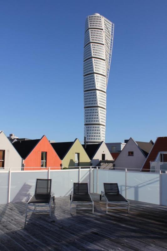 Image Courtesy © KJELLGREN KAMINSKY ARCHITECTURE