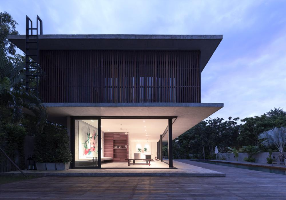Aeccafe bang saray house in thailand by architectkidd co for Thailand architecture