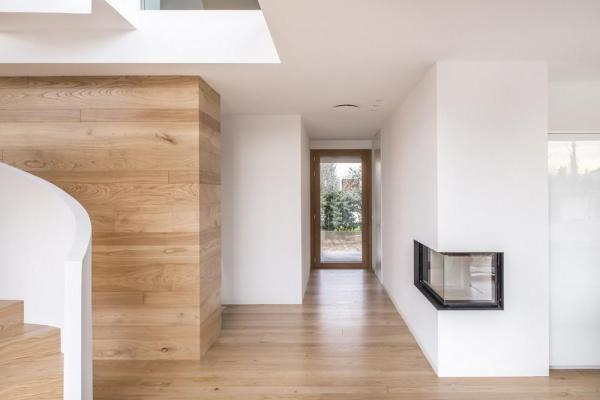 Continuum of spaces and corner fireplace, Image Courtesy © Alessandro Ruzzier