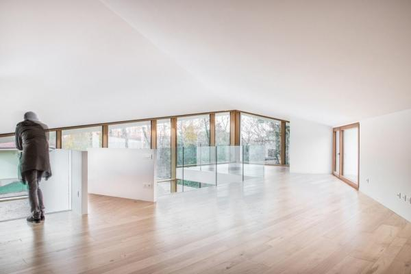 Second loft level and views towards the countryside, Image Courtesy © Alessandro Ruzzier