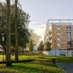 A new building less imposing, Image Courtesy © Stéphane Chalmeau