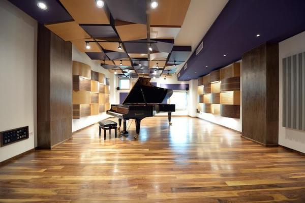 Three views of Estudio 13 Live Room, Image Courtesy © Francisco Aguilera de Alba
