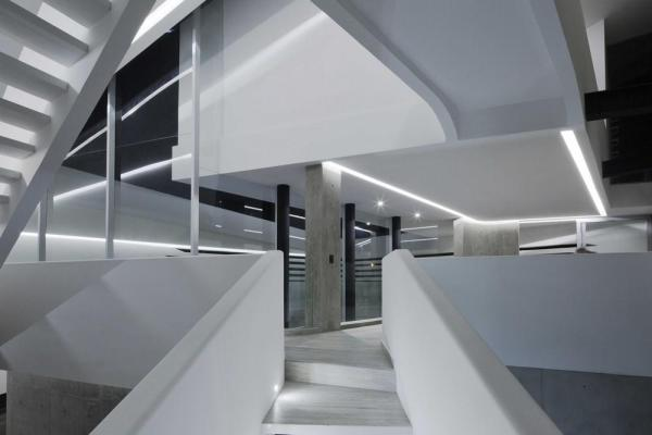 Perspective from the stairs, Image Courtesy © Onnis Luque