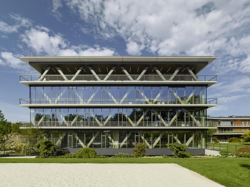 Architekten Potsdam innovation center 2 0 in potsdam germany by scope architekten