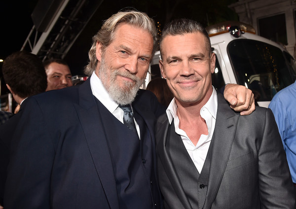 Josh Brolin and Jeff Bridges Photos Photos   Zimbio Premiere of Columbia Pictures   Only the Brave