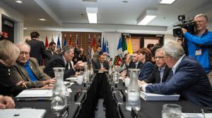 Les premiers ministres lors du Conseil de la fédération. Courtoisie