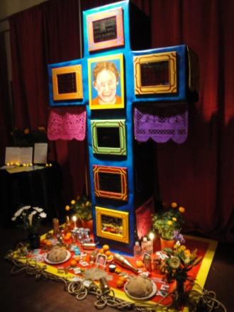 Altares: a Dia de los Muertos Tradition