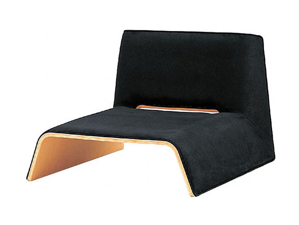 スタッキングできる和モダンデザイン、座椅子