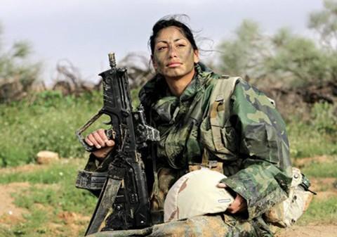 イスラエル軍の女性兵士10