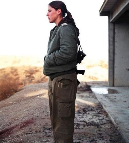 イスラエル軍の女性兵士115