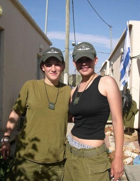 イスラエル軍の女性兵士126