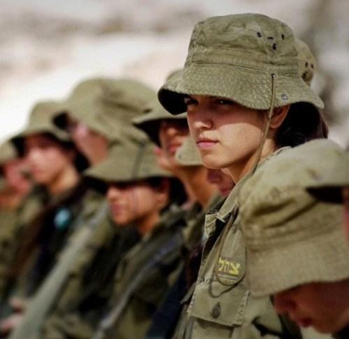 イスラエル軍の女性兵士135