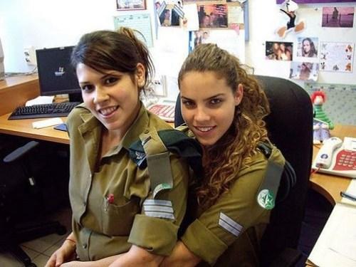 イスラエル軍の女性兵士137