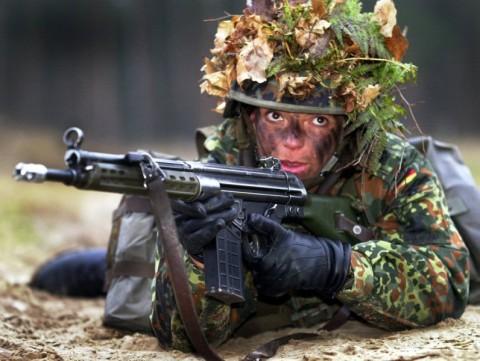 イスラエル軍の女性兵士16
