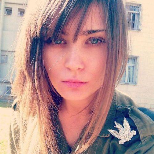 イスラエル軍の女性兵士21