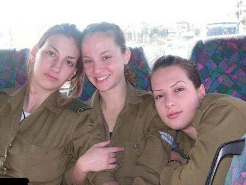 イスラエル軍の女性兵士83