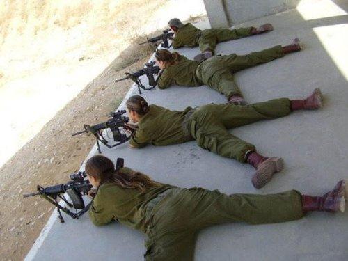 イスラエル軍の女性兵士84