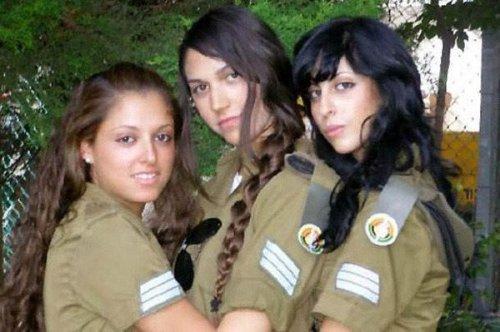 イスラエル軍の女性兵士93