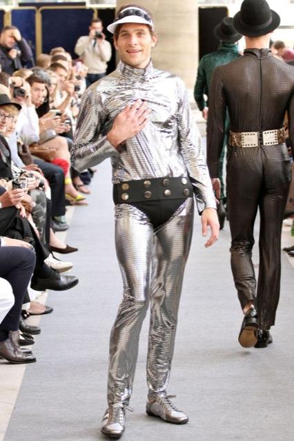 ファッションショー65
