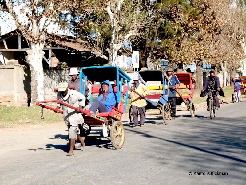 Pousse pousse Allée i Antsirabe