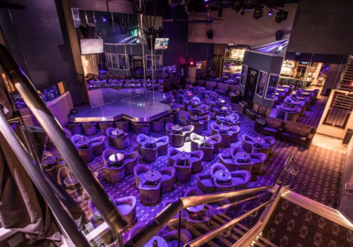 xplicit-showclub-main-dance-floor