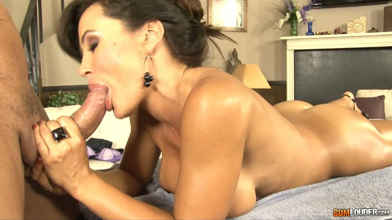 lisa ann hardcore interracial gifs