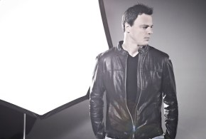 Markus Schulz feat. Ethan Thompson – Love Me Like You Never Did (LIVE @ RADIO 21)