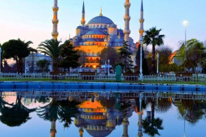 صورة لمسجد الجامع الازرق من الخارج