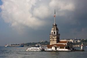 منارة البنت اسطنبول