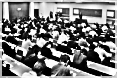 薬剤師国家試験 受験対策 教育サイト やくがくま 模試 模擬試験 会場受験 理由 何故 場慣れ 作戦 環境 自宅 比較 良い 必ず受験すべき 説明 文章 写真 画像