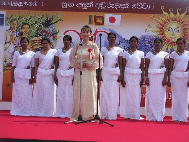 149416 Srilanka 新年祭-2-5 10171272_773778715965456_8001564448997546685_n
