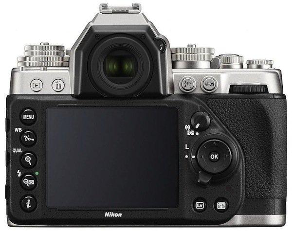 Nikon Df belakang