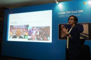 lumia730-1