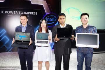 Photo - Dell dan Intel Eksekutif dalam Peluncuran Produk Consumer dan Commercial Dell 2016