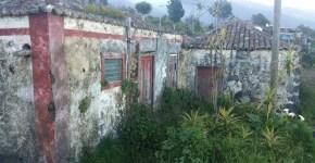 Vendo casa antigua a restaurar en San Isidro, con terreno