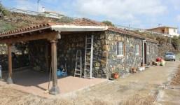 Casa de campo con terreno y vistas al océano