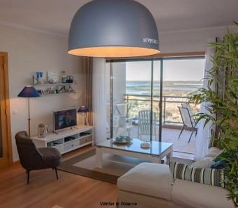 VILLAGE MARINA OLHAO: luxury topfloor apartment with sea view