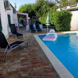 Villa in Vale de Parra, 2 bedroom and private swiming pool, near Galé beach, Salgados and Albufeira