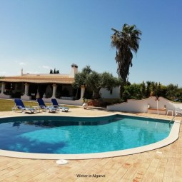 CASA TRIOLI - ALGARVE RUSTIC SEASIDE COUNTRY VILLA