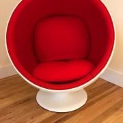 Child Globe chair Red