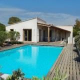 Luxurous villa with swimmingpool near the beach