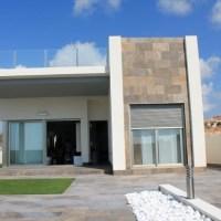 New build villa with pool for sale in Villamartin