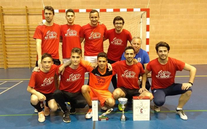 Los campeones, la Peña El Alba / Á. Ayala